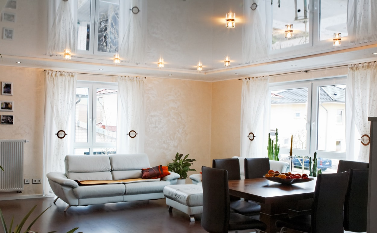 glanzend spanplafond